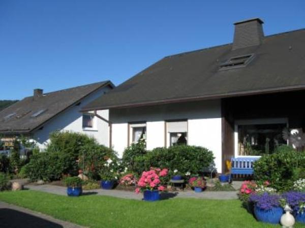Hopezi.de: **** Ferienwohnung Emde,59955,Winterberg