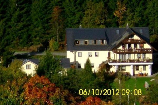 Hopezi.de: Ferienhaus Pöhlablick,09456,Annaberg-Buchholz