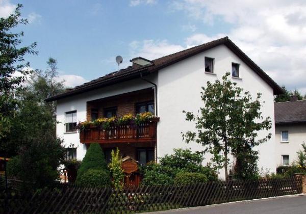 Hopezi.de: Gästezimmer und Ferienwohnung Familie Herrmann ***,96361,Steinbach am Wald