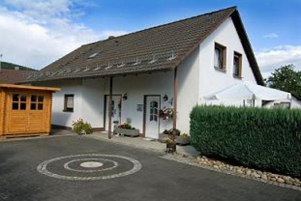 Hopezi.de: Ferienwohnung Berg,51580,Reichshof
